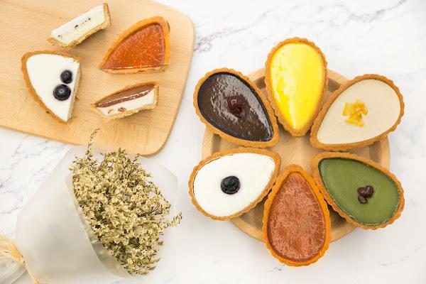 美食 依蕾特 法式花瓣乳酪塔 IG超熱門打卡夢幻甜點!六種口味排成一朵花,美味滿足!(抽獎)