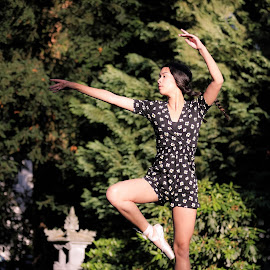 Jump by Annemarie Rulos  - Sports & Fitness Other Sports ( pointes, ballet, pointe shoes, dance )