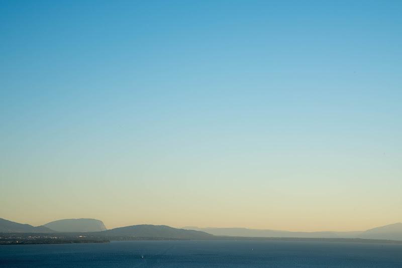 Benvenuti sulla mia terrazza (lago Lemano visto da Losanna). di Cristhian Raimondi