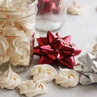 Vanilla Meringue Cookie.