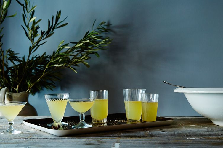 Cocktails to make you feel like you're on vacation