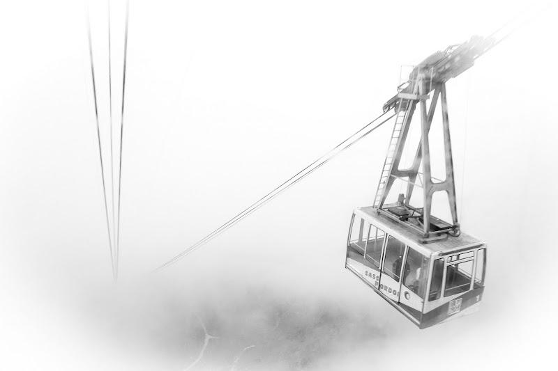 giù giù ... nella nebbia  di iolebovari
