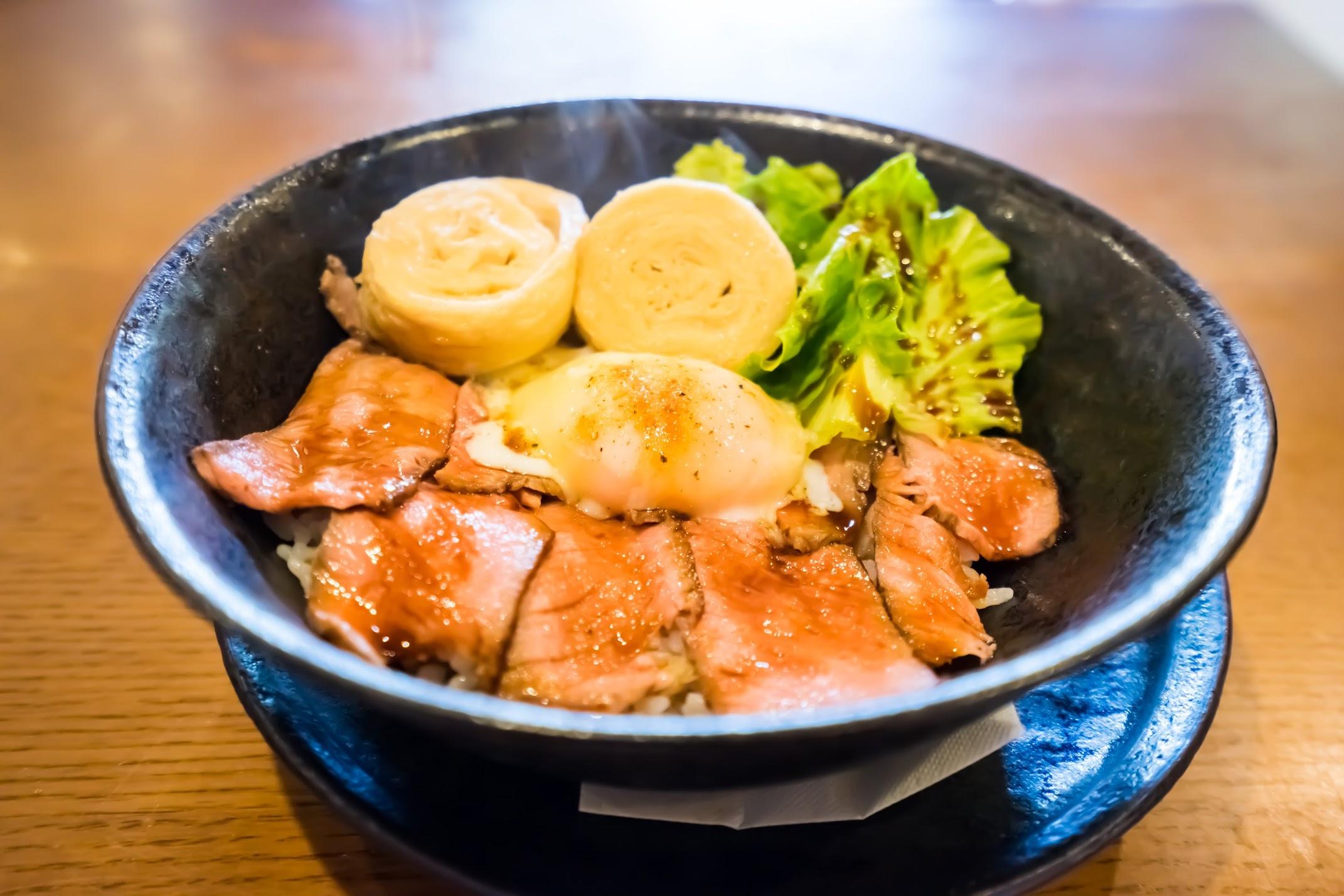 日光 かまやカフェ・デュ・レヴァベール Nikko丼