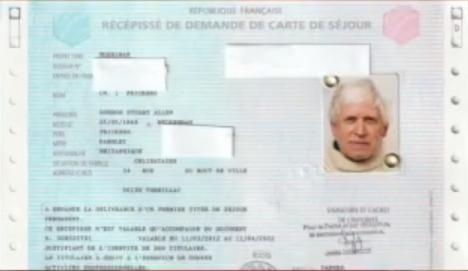 Как можно получить вид на жительство во франции замок за границей купить