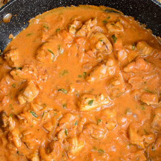 Low Syn Creamy Chicken and Tomatoes.