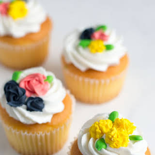 How to Make Royal Icing Flowers.