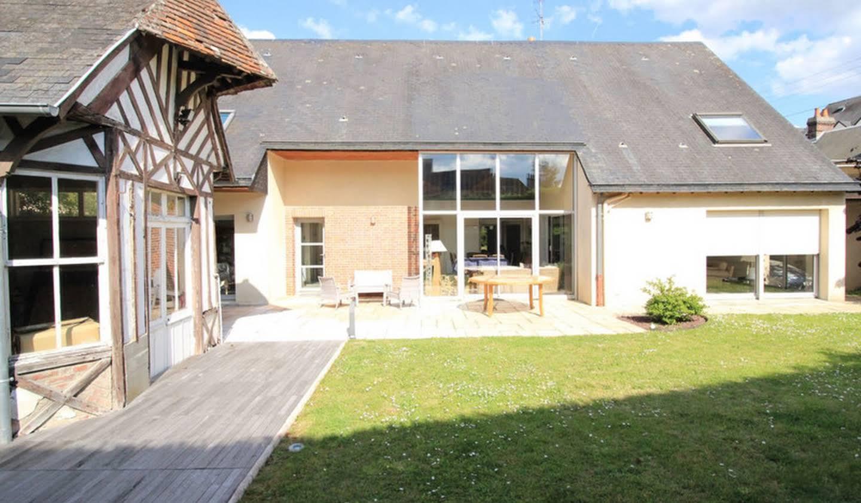 Maison contemporaine avec jardin et terrasse Lisieux