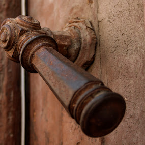 let's keep the secret inside by Mănăilă TeoDora - Buildings & Architecture Architectural Detail ( latch, details, old city, rust and dust )