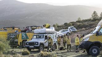 Retén del Infoca desplegado en la provincia de Almería