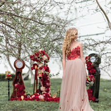 Wedding photographer Vadim Velikoivanenko (vphoto37). Photo of 01.12.2017