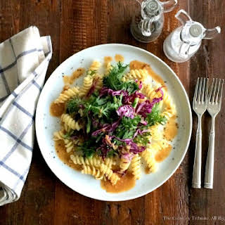 Shungiku Red Cabbage Pasta.