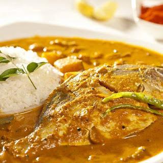 Bengali Style Pomfret Shorshe Recipe (Pomfret In Mustard Gravy)