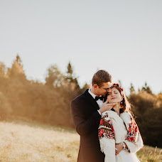 Wedding photographer Klaudia Amanowicz (wgrudniupopoludn). Photo of 06.11.2018