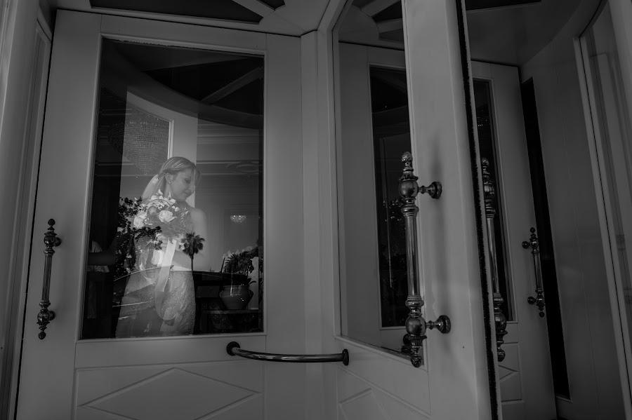 Wedding photographer Giandomenico Cosentino (giandomenicoc). Photo of 05.09.2017