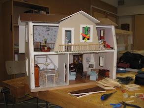 """Photo: Talo valmistuu """"nukke & nalle"""" näyttelyyn 2008"""