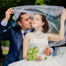 Wedding photographer Valentin Chernov (Valtron). Photo of 11.08.2014