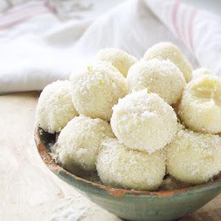 5-Minute White Chocolate Coconut Truffles