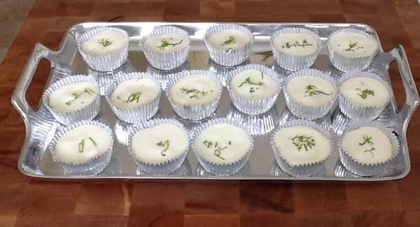 Mini Key Lime Pies With Sour Cream Topping