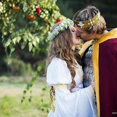 Wedding photographer Taras Beleckiy (TarasBeletskiy). Photo of 25.12.2014