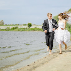 Wedding photographer Valeriy Lobanov (lovar). Photo of 05.04.2013