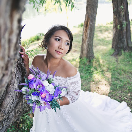 Wedding photographer Lyudmila Nelyubina (LNelubina). Photo of 15.02.2018