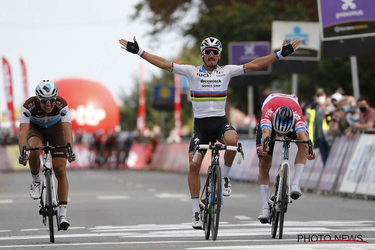 """Alaphilippe reed zonder druk in Brabantse Pijl, looft ploegmaat en blikt vooruit: """"Geen favoriet in Ronde van Vlaanderen"""""""