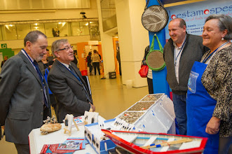 Photo: Karmenu Vella, Member  of the EC in charge of Environment, Maritime Affairs and Fisheries  visits the interactive thematic FARNET exhibition