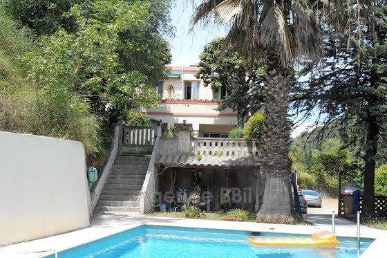 Vente villa 5 pièces 120,27 m2