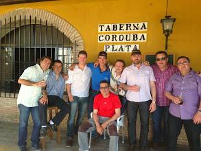 Photo: Más incondicionales que lo celebraron con nosotros...