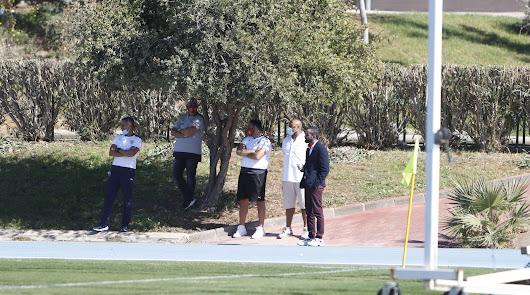 Mohamed El Assy y José Gomes estuvieron en el Anexo viendo al filial.