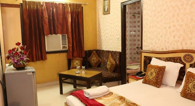 Hotel Maharaja Continental