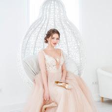 Wedding photographer Evgeniya Aseeva (JaneAusten). Photo of 09.03.2018