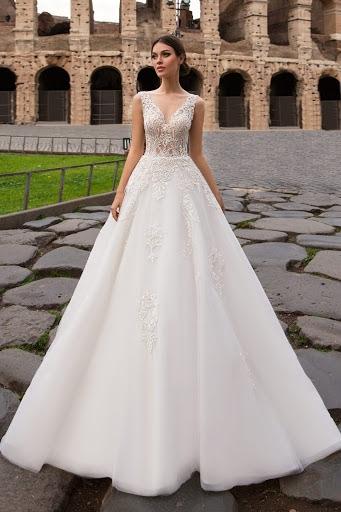 733b4f61e19e9bc Платье S7481 от Solomia - 127000 руб., «Ваниль», свадебный салон