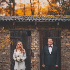 Wedding photographer Santis Zibergs (bilzukaste). Photo of 24.10.2014