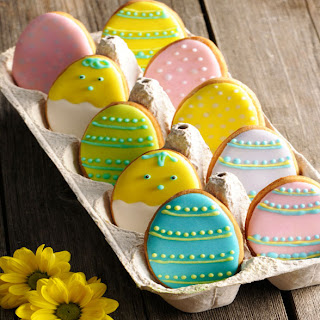 Easter Vanilla Biscuits