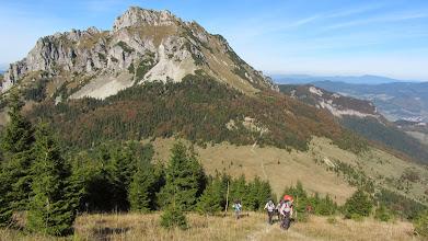 Photo: De kale berg Zákres laten we wijselijk rechts liggen