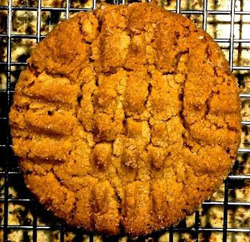 Old Fashion Crispy Peanut Butter Cookies
