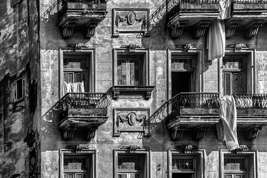 Old Havana - B&W by Garry Dosa - Black & White Buildings & Architecture ( black & white, exteriors, old, february, apartment, building, architecture, cuba )
