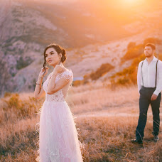 Wedding photographer Sasha Badretdinova (alexa1990). Photo of 13.11.2018