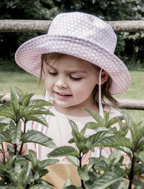 CTH Mini - Henry Jr. Large Dots Pale Pink
