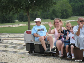Photo: Donna Greene conductor with waiving passengers    HALS 2009-0919