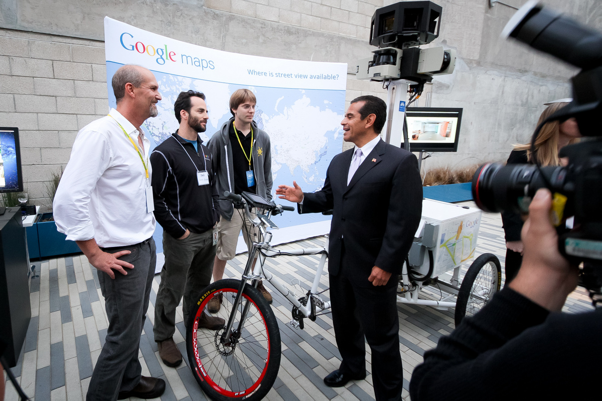 Photo: The mayor got to chat with the Street View team and check out their nifty trike.