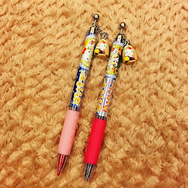 Hello Kitty Pen & Pencil - Snow  HKD 68@ HKD 130/pair  Made in Japan  #hellokitty #hellokittyfan #hellokittyfans #hellokittyjapan #hellokittylover #地區限定 #日本限定 #地域限定 #筆 #原子筆  #鉛芯筆 #hkigshop #hkonlineshopping #pen #automaticpencil #mechanicalpencil #madeinjapan