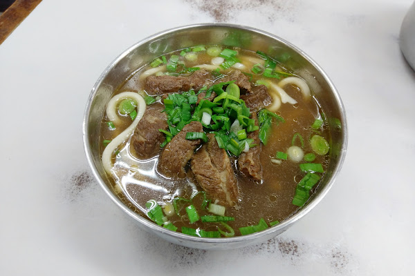 中正-劉山東牛肉麵