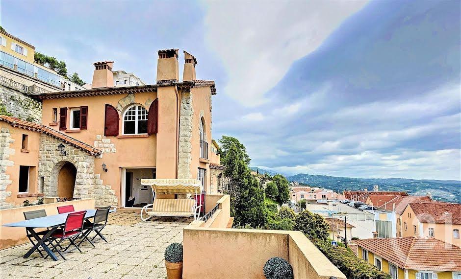 Vente maison 6 pièces 140.38 m² à Grasse (06130), 630 000 €