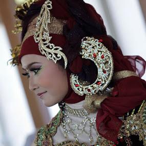 Model Kebaya by Supri Yanto - People Fashion