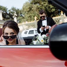 Wedding photographer Liza Karazhova (LizaKa). Photo of 10.09.2018