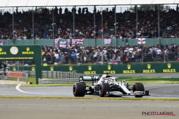 Lewis Hamilton sant in eigen land, maar Verstappen en Ferrari's nemen de hoofdrol op zich op Silverstone