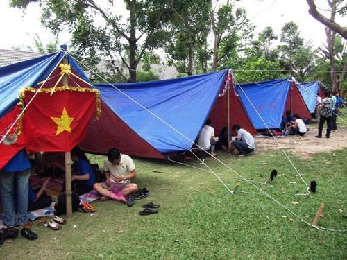 http://thanhdoanhalong.gov.vn/uploads/ky-nang/2013/01/5-cac-doi-chuan-bi-trang-tri-trai.jpg
