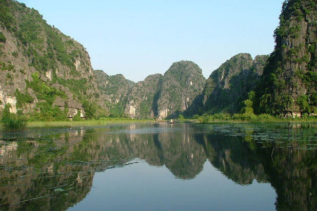 Hanoi Mai Chau Tam Coc - Golden Triangle biking